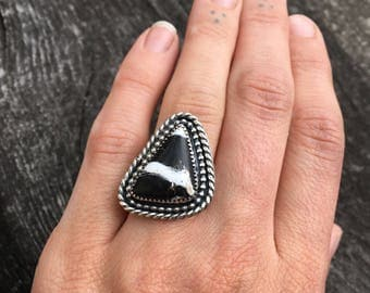 White Buffalo Turquoise and Sterling Silver Ring- Size 6.5