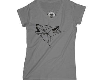 Geometric wolf t-shirt graphic animal t shirt aesthetic t-shirt minimalist t-shirt hipster t shirt unicorn gift sister gift wife gift  APV40