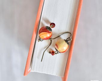 Simple Orange and Yellow Swirl Earrings | Antique Gold Bead Caps | Simple Style | Dangle and Drop Style