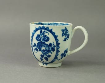 Antique Worcester Porcelain Cup Blue and White Fruit And Wreath Pattern Circa 1775 First Period Worcester