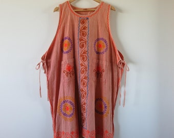 90's Vintage Indian Smock Dress / Free Size / Embroidered Tie Up With Front Pockets / Festival Hippy Boho