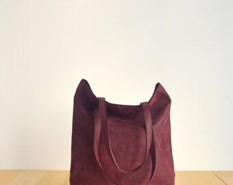 Vegan Burgundy Tote Bag - back to school - Faux Leather - Vegan handbag - Water Resistant - Vegan Leather - Rustic Leather - Distressed