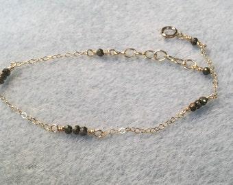 Pyrite beaded bracelet, delicate bracelet, beaded bracelet, dainty bracelet, pyrite and gold bracelet