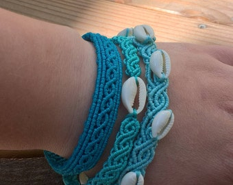 Set of three bangles with kauri in ocean coloures, mermaid jewelry