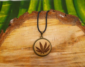 "Soul slices ""leaf 2"" 25mm bronze + wood necklace, vintage * Ethno * hippie * MUST have * statement *"