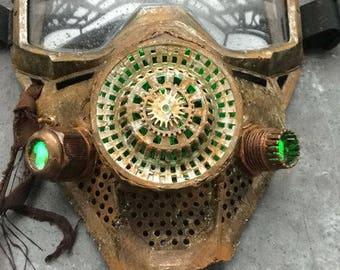 Post Apocalytic gas mask - LED Effect - Glowing -