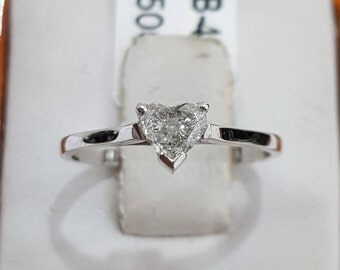 Diamond engagement ring, 14k white gold