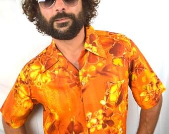 Men's Vintage 1970s Tiki Cotton Hawaiian Shirt