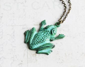 Green Frog Necklace, Hand Patina Frog Pendant on Antiqued Brass Chain, Animal Jewelry, Gifts for Her