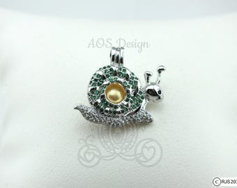 Pearl Cage Necklace Happy Gary the Snail Green Crystal Accents Silver Plated Locket Charm Necklace Emerald Birthstone