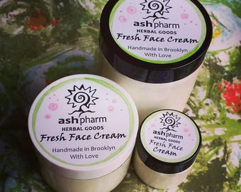Rose Geranium Fresh Face Cream, Handmade & All Natural, Super Nourishing and yet Light enough to use on your face :) Great Gift!