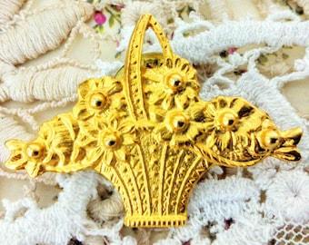 Vintage Brooch, Gold Coloured Metal, Flower Basket, Pin, Costume Jewellery
