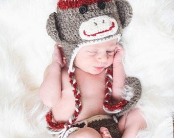 Sock Monkey Hat. Newborn Sock Monkey Outfit. Newborn Outfit. Newborn Pictures Outfit. Newborn Crocheted Outfit. Sock Monkey.