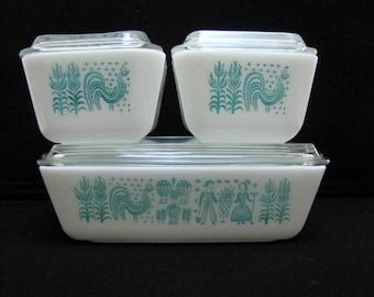 Vintage Pyrex 4 Piece Fridgie Set BUTTERPRINT Amish Print Farmer & Wife Turquoise Blue Glass 8 Pc Covered Refrigerator Dish Set 501 502 503