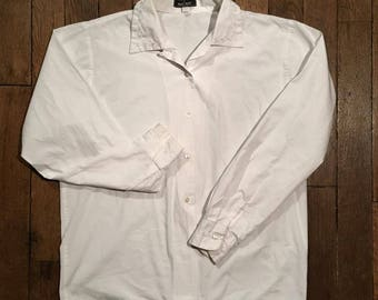 Classic white shirt embroidered