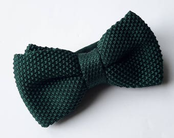 Dark Green Knitted Bow tie, Mens Bow Tie, Pre-tied bow tie, Adjustable Bow Tie, Double Bow Tie
