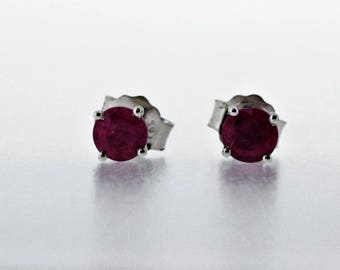 925 Sterling Silver Glass Filled Ruby
