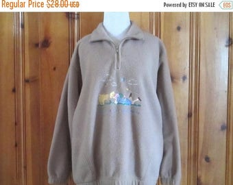 Winnie the Pooh Fleece Pullover 90's Winnie the Pooh Zip Up Fleece Shirt Embroidered Disney Shirt Piglet Beige Fleece Top