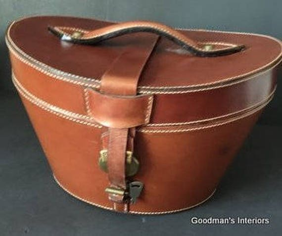 Vintge Bombay Company Leather Hat Box Suede Lined Brass Lock and Key