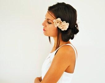 Accessoire cheveux mariage bohème fleurs beige, serre tête demoiselle d'honneur, headband mariage champêtre, accessoire cheveux fleurs