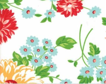 1 Yard The Good Life by Bonnie and Camille for Moda-55150-19 Scrumptious Floral