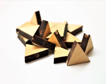 Set of 10 natural triangle beads 18*14 mm