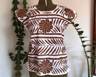 Hand embroidery blouse from Oaxaca.One size fits all.