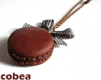"""chocolate macaroon"" necklace"
