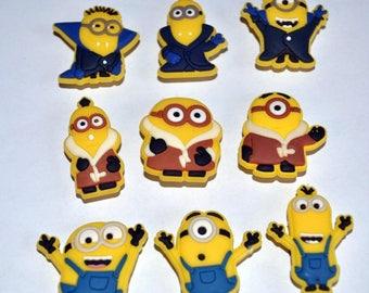 Lot 9 jibbitz Minions (badges for fangs)