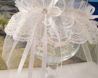 Pretty sparkling sequins and pearls transparent white lace garter