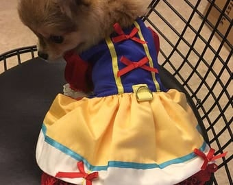 Snow White, Snow White dog costume, Princess dog dress