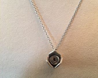"""Vintage sterling silver Carved 3-D Rose Flower Pendant on an 18"""" Cable Chain"""