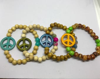 Beaded peace sign bracelet