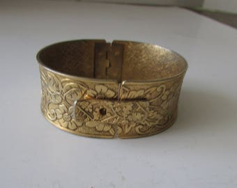 Vintage Cuff Bracelet Engraved Floral Hinged with Closure Gold Tone Floral Bracelet Bangle
