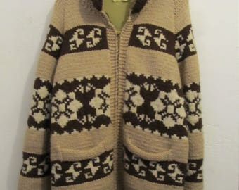 A Men's Vintage 60's,Heavy-Duty,Zip front Brown Toned Hand Knit,COWICHAN Cardigan Sweater.M