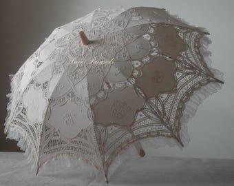 Ecru Lace Parasol w/Organza Lace