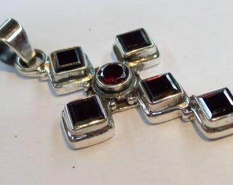 Garnet 925 Sterling Silver Pendant Handmade Jewelry
