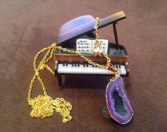 Golden chain necklace and pendant necklace purple natural agate drusy