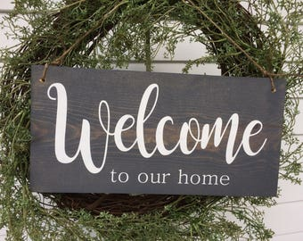 Welcome to our home. Nice way to greet your guests.  Add it to a wreath for a nice decor piece.  Ready to ship!!