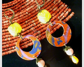 "Bohemian earrings ""Solar"" illustrated prints Orange and bronze metal, jade mashan beads vintage bakelite"