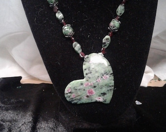 """18.5"""" Ruby in Zoisite and Garnet Beaded Necklace w. Ruby in Zoisite Heart Pendant, #478"""