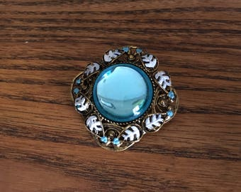 Vintage Caribbean Blue Mirrored Glass Cabochon with Gold Metal  Brooch 1454