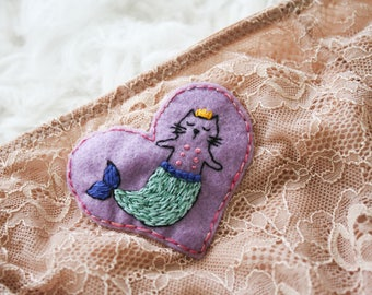 SALE Cat-Nip Mermaid Lace High Waisted Panties with Stocking Clips! Size Small!