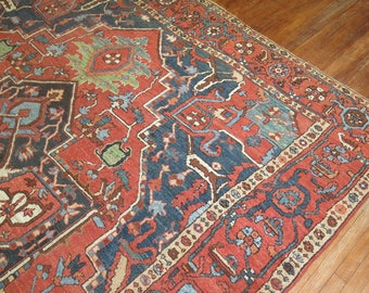 Antique Persian Heriz Rug Size 9'11''x14'1''