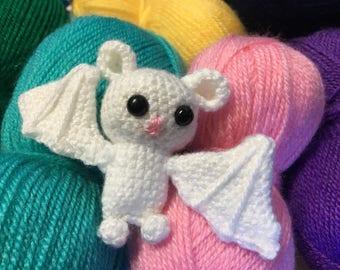 Tiny Bat