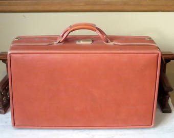 Hartmann Belting Leather Carry On Suitcase With Brass Hardware - VGC