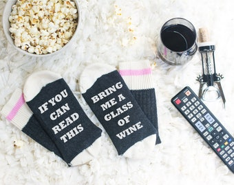 Wine Socks - If you can read this sock - Valentines - Birthday for her - bring me wine sock - Birthday Gift - Gift for Mom - beer sock - Mom