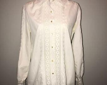 Vintage 70's Eyelet Detailed Blouse / size 18 / by Serbin