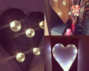 """Pallet art """"Light up my heart"""""""