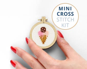 Mini Ice Cream xstitch kit, Cute modern cross stitch kit, Sweets counted cross stitch kit, Kawaii mini counted cross stitch kit, Summer Vibe